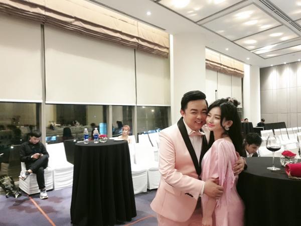 Quang Lê lộ ảnh thân mật với vợ cũ của Hồ Quang Hiếu 1