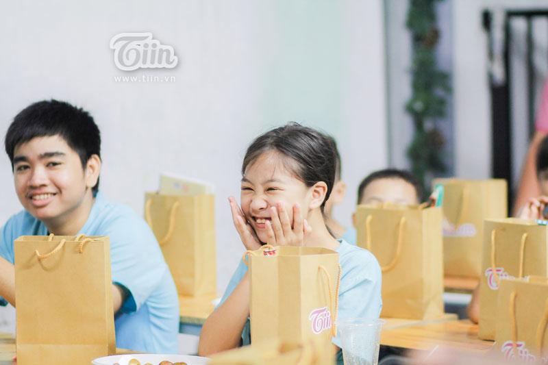 Sinh nhật cùng Tiin.vn: Những đứa trẻ 'đường phố' chưa một lần thổi nến, cắt bánh kem... 21