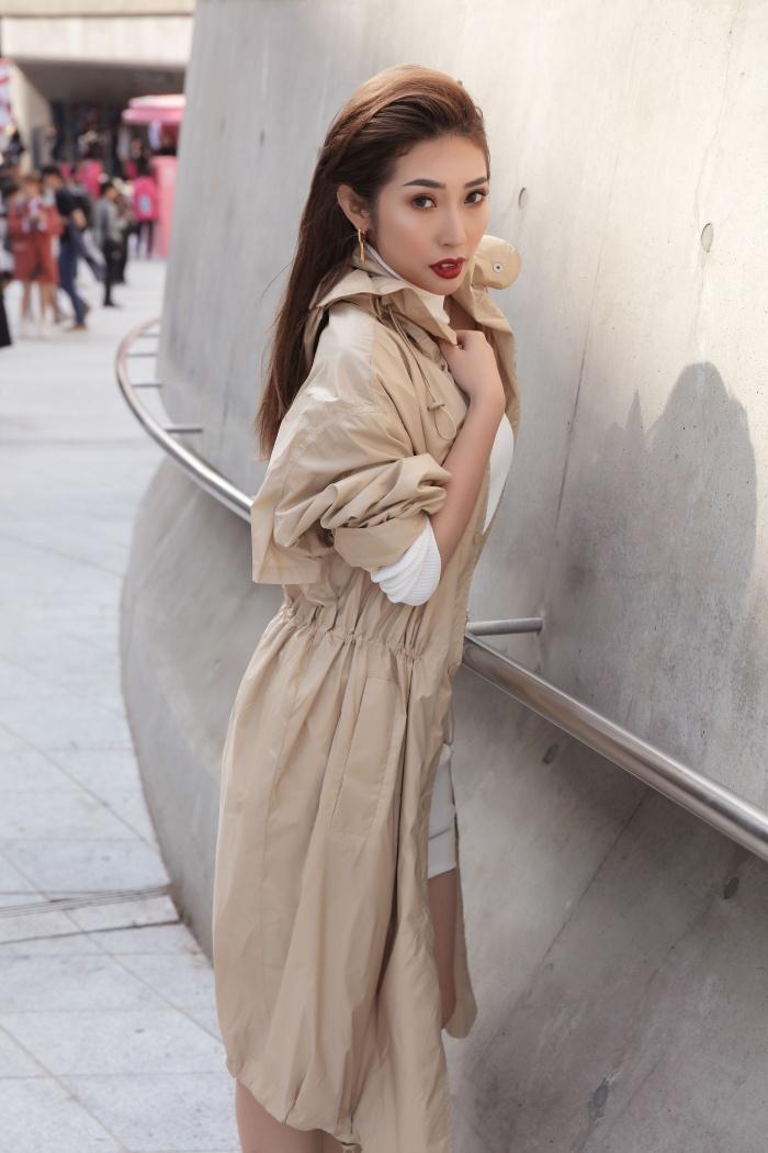 Kelbin Lei xuất hiện trên tạp chí Vogue khi đồng hành cùng Khổng Tú Quỳnh tại Seoul Fashion Week 2