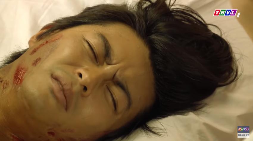 'Tiếng sét trong mưa' tập 41: Thị Bình khóc nức nở hát ru con trai ngủ, liệu cậu Hai có thấy tuổi thơ ùa về? 4