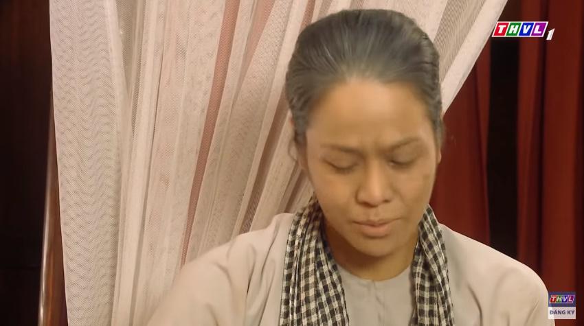 'Tiếng sét trong mưa' tập 41: Thị Bình khóc nức nở hát ru con trai ngủ, liệu cậu Hai có thấy tuổi thơ ùa về? 11