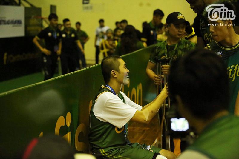 VBA tung phóng sự về baller ung thư xương Nguyễn Thanh Tùng: Khi những giấc mơ được tiếp lửa không ngừng 4