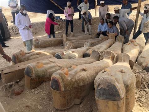 Những chiếc quan tài cổ nghìn năm vừa được khai quật