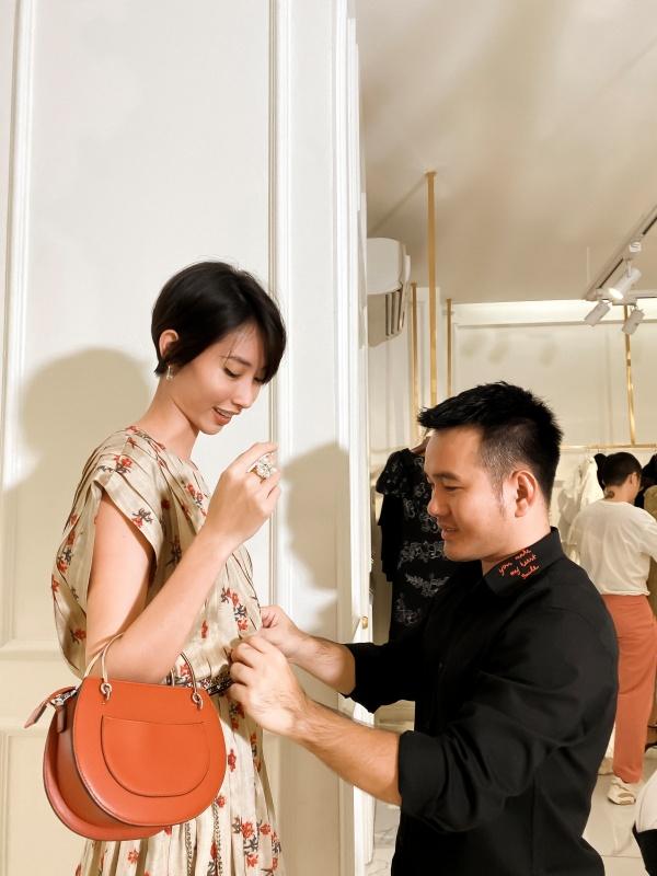 Người mẫu Hằng Nguyễn