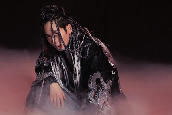 Tuấn Trần tung teaser MV hé lộ sản phẩm âm nhạc hoành tráng đầu tiên trong sự nghiệp 1