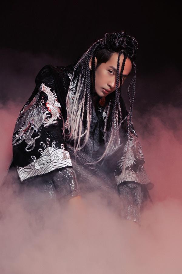 Tuấn Trần tung teaser MV hé lộ sản phẩm âm nhạc hoành tráng đầu tiên trong sự nghiệp 4