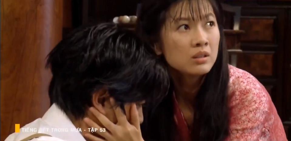 'Tiếng sét trong mưa' tập 53: Oan nghiệt không chừa một ai, Phượng và Ba Xuân cũng bỏ mạng trong đêm mưa gió 0