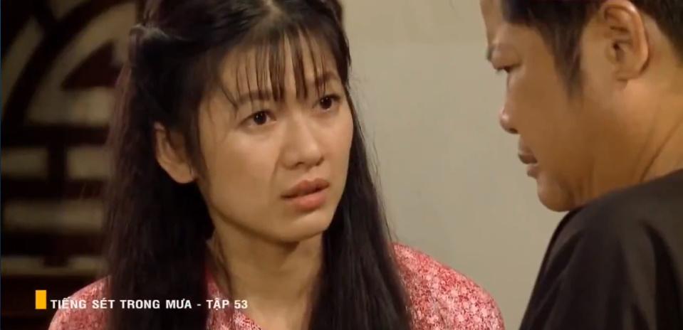 'Tiếng sét trong mưa' tập 53: Oan nghiệt không chừa một ai, Phượng và Ba Xuân cũng bỏ mạng trong đêm mưa gió 1