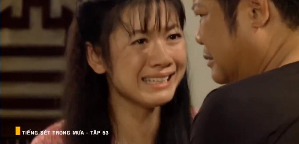 'Tiếng sét trong mưa' tập 53: Oan nghiệt không chừa một ai, Phượng và Ba Xuân cũng bỏ mạng trong đêm mưa gió 2