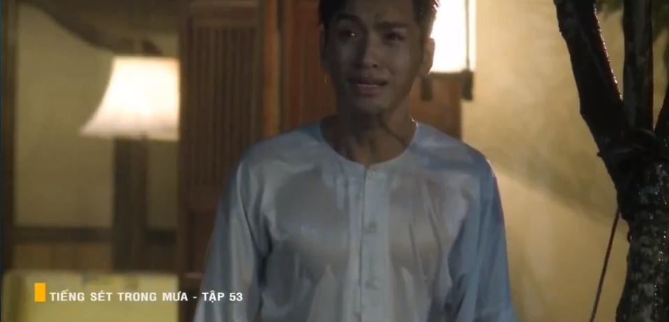 'Tiếng sét trong mưa' tập 53: Oan nghiệt không chừa một ai, Phượng và Ba Xuân cũng bỏ mạng trong đêm mưa gió 18