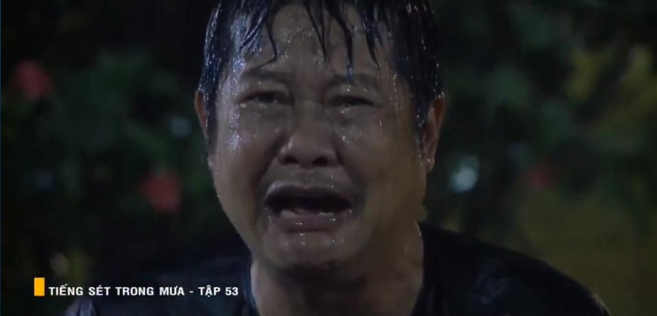 'Tiếng sét trong mưa' tập 53: Oan nghiệt không chừa một ai, Phượng và Ba Xuân cũng bỏ mạng trong đêm mưa gió 36