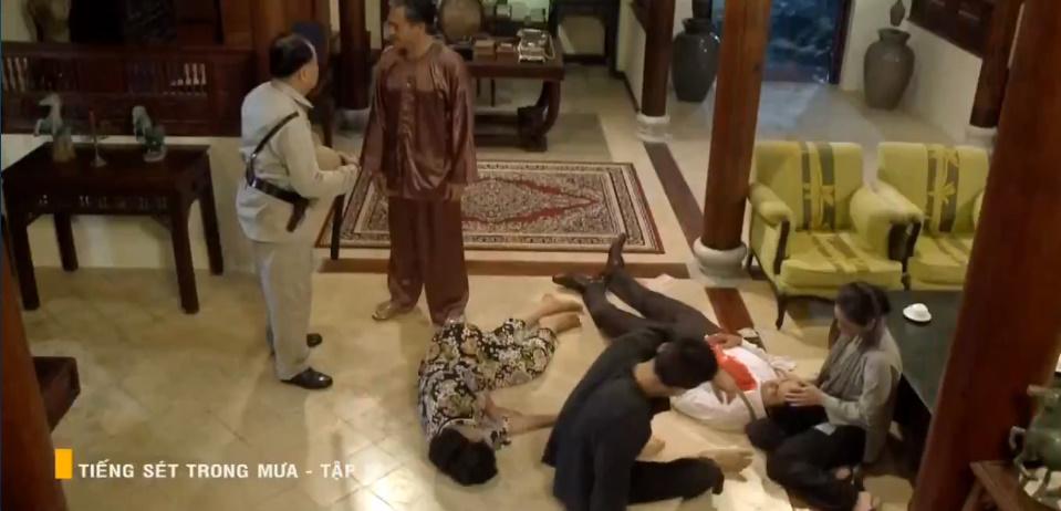 'Tiếng sét trong mưa' tập 53: Biết Hải là con trai ruột, Khải Duy vẫn dọa giết! 4
