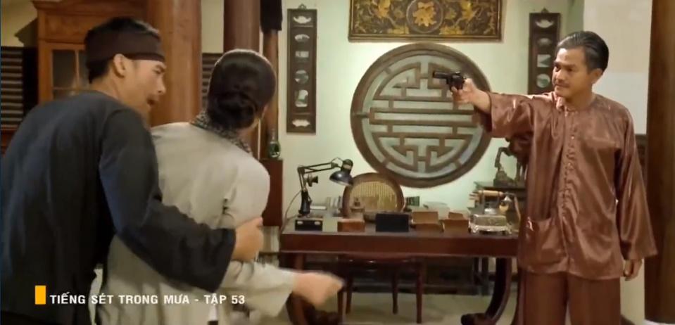 'Tiếng sét trong mưa' tập 53: Biết Hải là con trai ruột, Khải Duy vẫn dọa giết! 15