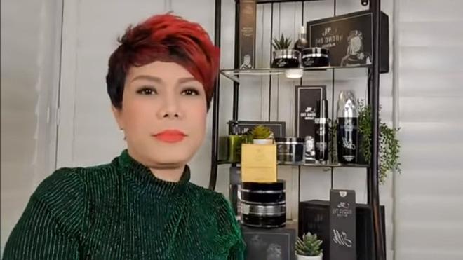 Việt Hương livestream đòi nợ: 2 tháng nữa là Tết rồi nên tôi 'dọn mỏ' luôn, chửi thẳng những người nợ nần 3