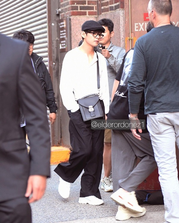 Style thời trang 'ông già' đang 'lấy lòng' loạt sao nam Hàn, tưởng không đẹp mà đẹp không tưởng 3