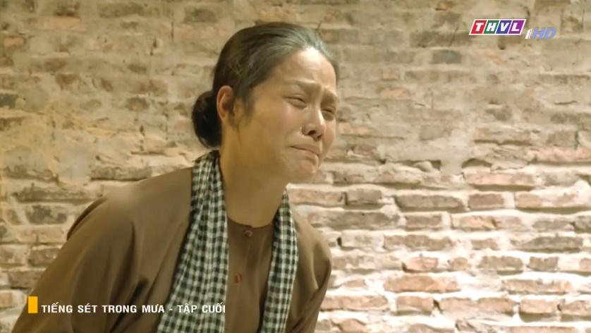 'Tiếng sét trong mưa' tập cuối: Vừa nghe được 1 tiếng 'ba' từ Hải, Khải Duy đã phải vĩnh biệt cuộc đời 9