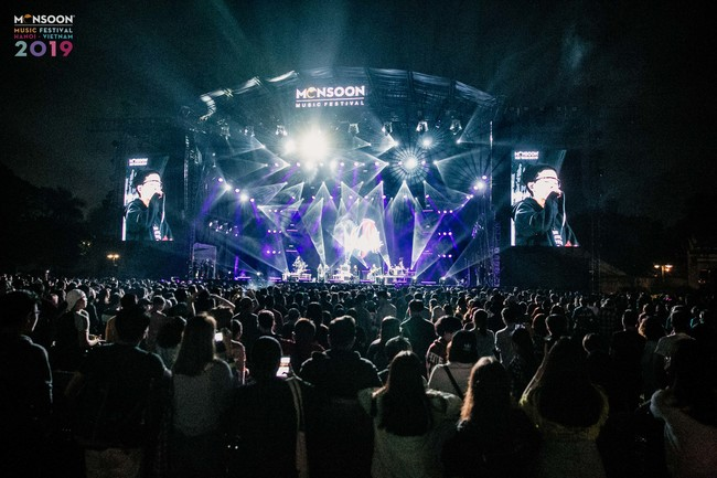 Hạ màn 'Monsoon Music Festival 2019', HYUKOH 'encore' thêm 2 bài vì khán giả cuồng nhiệt 4