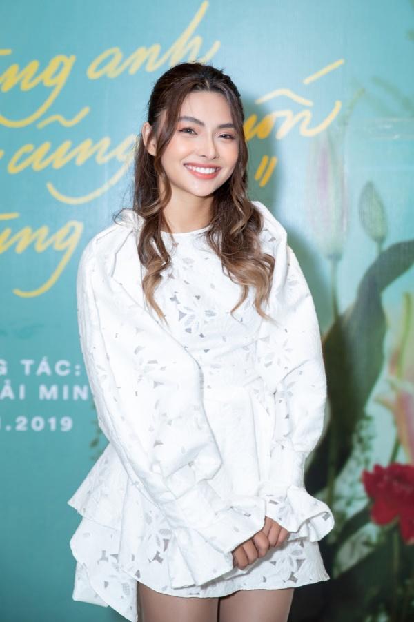 Hơn 2 năm vắng bóng từ The Voice 2017, trò cưng Noo Phước Thịnh bất ngờ tung MV debut với giọng hát nội lực 0