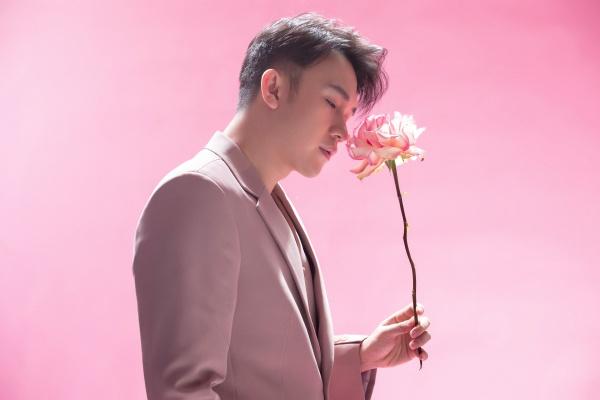 Dương Triệu Vũ 'hớp hồn' người xem với phong cách ngọt ngào tựa 'hoàng tử hoa' 0