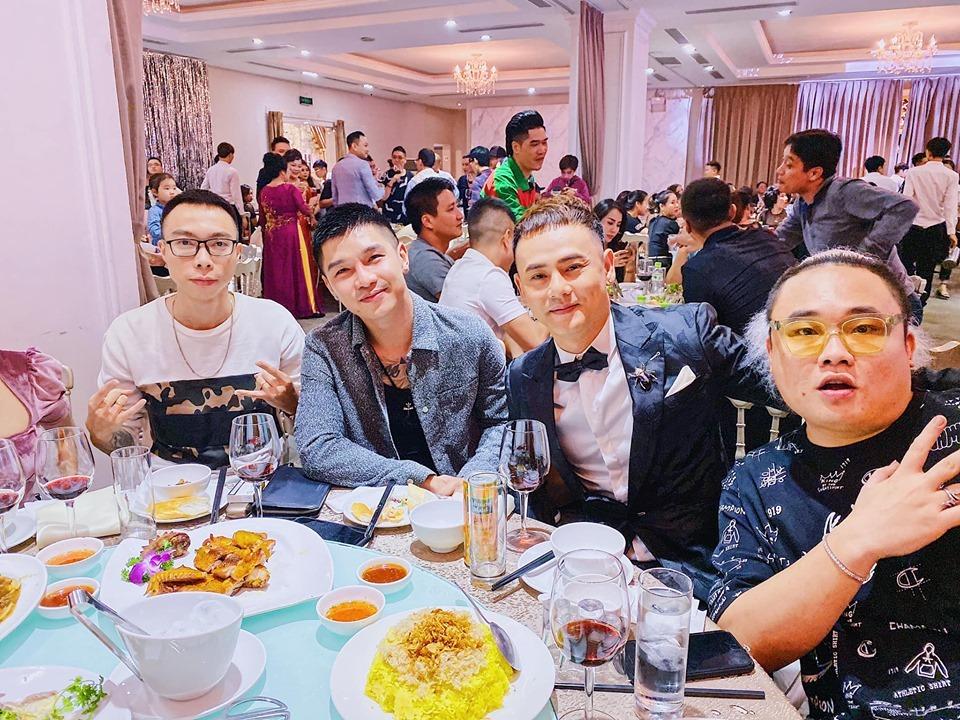 Dàn sao Việt thanh xuân một thời của giới 9x hội ngộ trong hôn lễ rapper LiL Knight 3