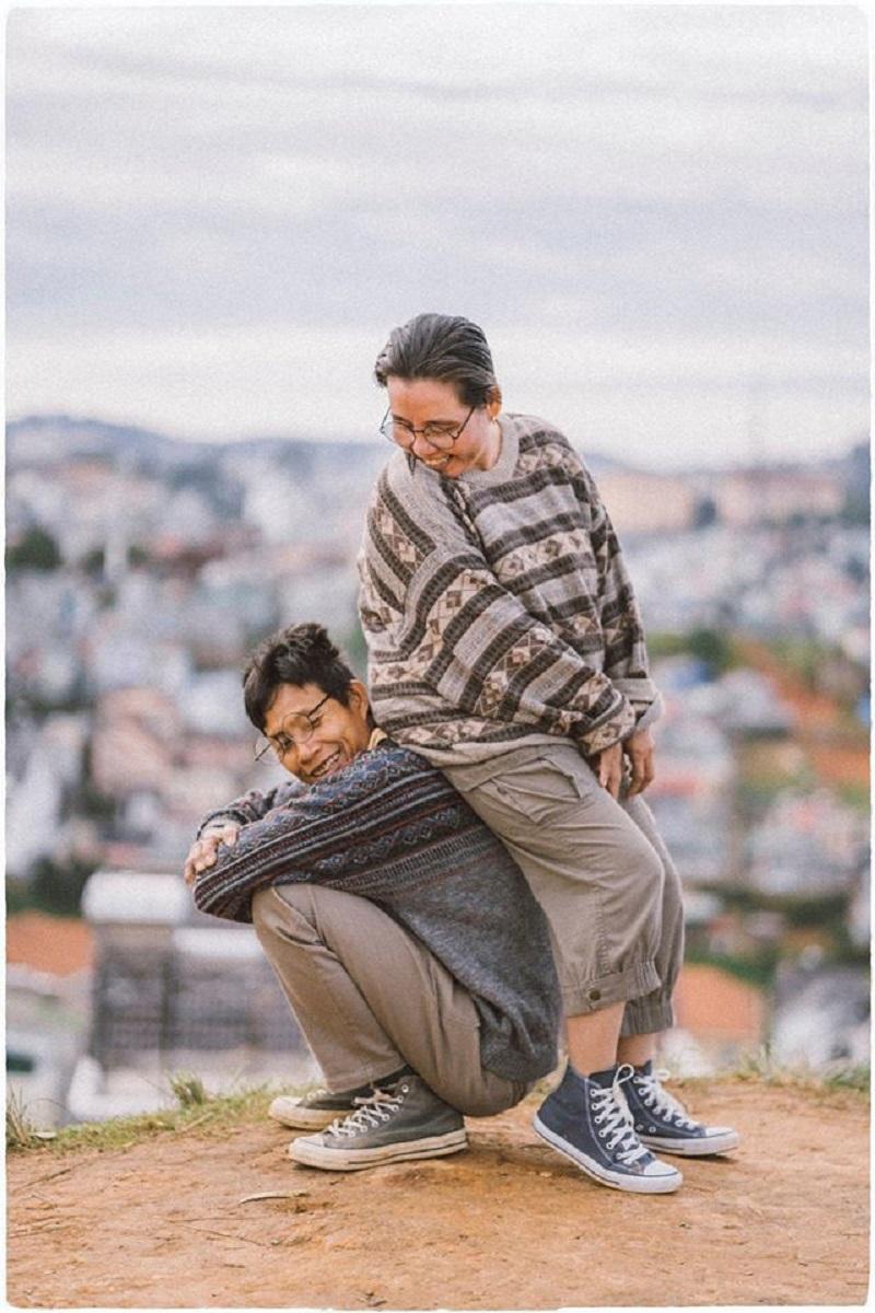Bộ ảnh của cặp đôi U50 ở Đà Lạt: Khi con trai là photographer thì khoảnh khắc nào cũng đẹp tựa ảnh cưới 3