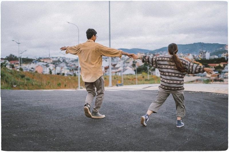Bộ ảnh của cặp đôi U50 ở Đà Lạt: Khi con trai là photographer thì khoảnh khắc nào cũng đẹp tựa ảnh cưới 4
