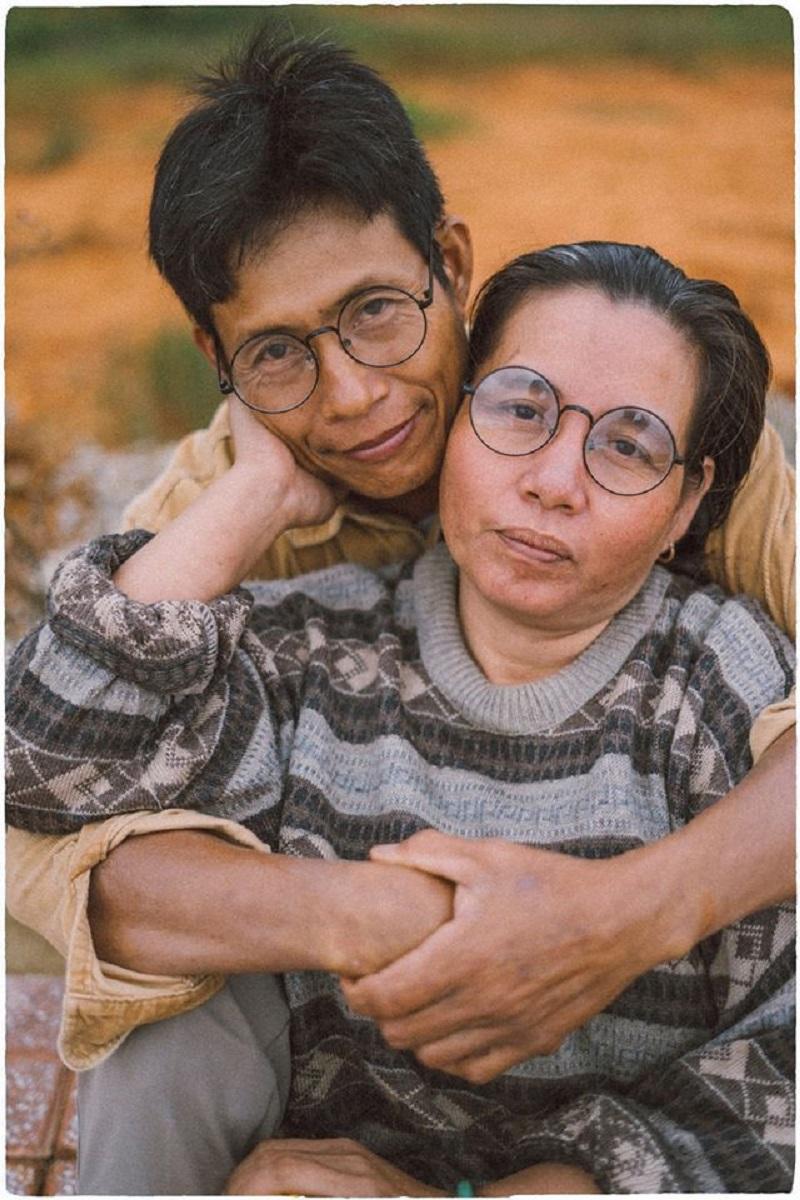 Bộ ảnh của cặp đôi U50 ở Đà Lạt: Khi con trai là photographer thì khoảnh khắc nào cũng đẹp tựa ảnh cưới 11