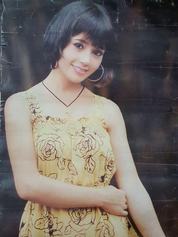 Nhìn nhan sắc của NSND Lan Hương, không ai lại nghĩ cô đã bước sang tuổi 56. Dù vậy, người hâm mộ vẫn tiếc nuối cho một thời nhan sắc tự nhiên, trong trẻo của nữ diễn viên Hà thành.