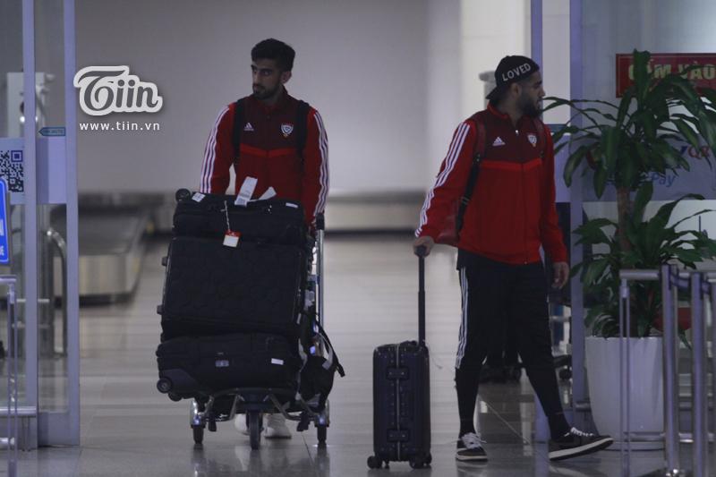 Đội tuyển UAE rạng rỡ xuất hiện tại Hà Nội, sẵn sàng tranh đấu cùng tuyển Việt Nam tại vòng loại World Cup 2022 2