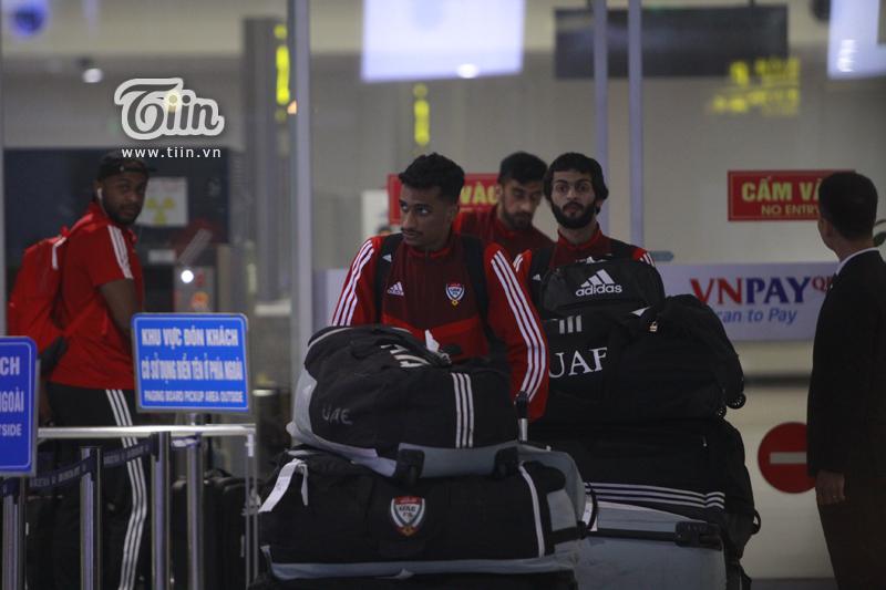 Đội tuyển UAE rạng rỡ xuất hiện tại Hà Nội, sẵn sàng tranh đấu cùng tuyển Việt Nam tại vòng loại World Cup 2022 1