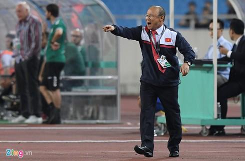 Đến với bóng đá Việt Nam, HLV Park Hang Seo luôn cho thấy cái duyên của mình trước những trận đấu lớn. Ảnh Zing