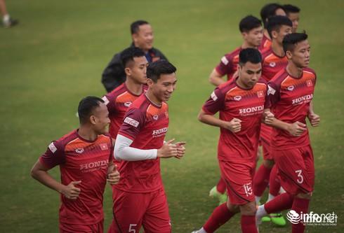 ĐT Việt Nam cần thắng để nuôi giấc mộng World Cup 2022 - một giấc mơ mà bất cứ người hâm mộ bóng đá Việt Nam nào cũng đang muốn nghĩ tới.