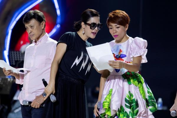 Thu Phương, Lam Trường, Hà Anh Tuấn cùng dàn nghệ sĩ tập luyện cho đêm nhạc hoành tráng 0