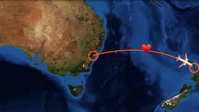 Cặp đôi thề nguyện bên nhau trọn đời khi máy bay chạm đúng điểm chính giữa hai quốc gia