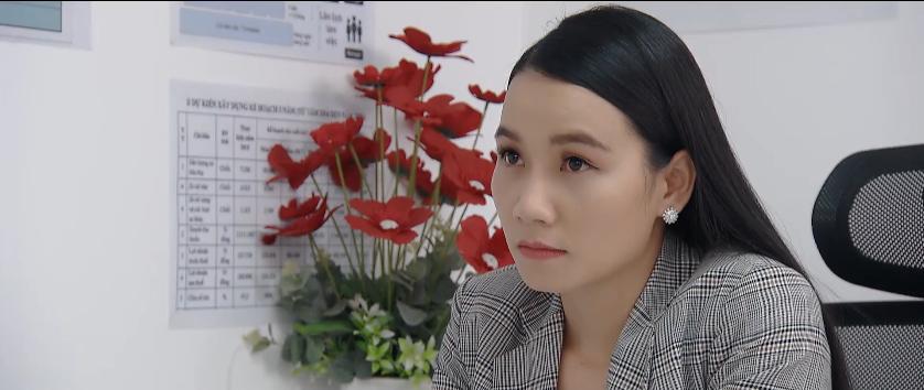 'Hoa hồng trên ngực trái' trailer tập 33: Khuê nổi đóa vì bị Ngân xúc phạm, Bảo lập tức ra mặt khẳng định 'Anh thích em thật sự' 4