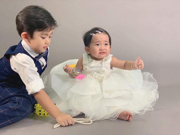 Khánh Thi tiết lộ chuyện Kubi bị em gái 'bắt nạt' 4