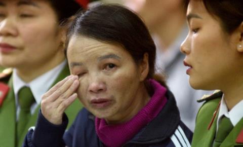 Bị cáo Trần Thị Hiền trong phiên xét xử sáng ngày 27/11.
