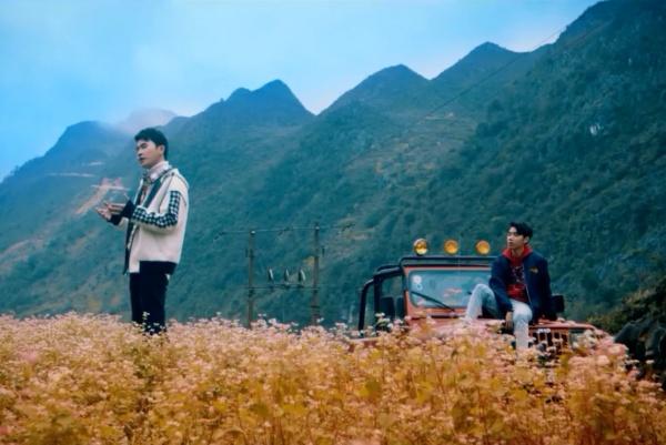Thành tích 'hít khói' các hit trước, Việt Nam Tôi của Jack và K-ICM được dân mạng phản hồi thế nào? 1