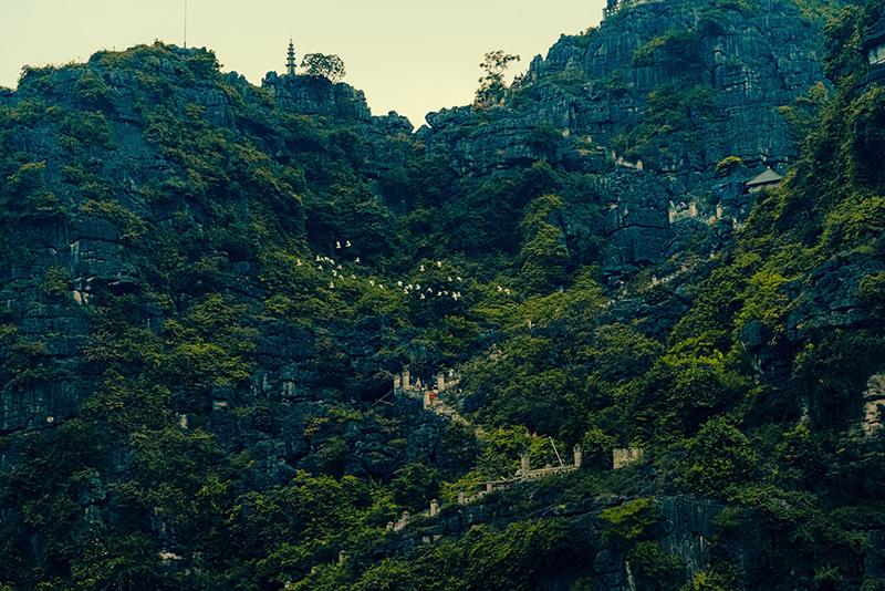 Hang Múa và động Thiên Hà ở Ninh Bình gây ấn tượng mạnh trên sóng truyền hình Hàn Quốc 3