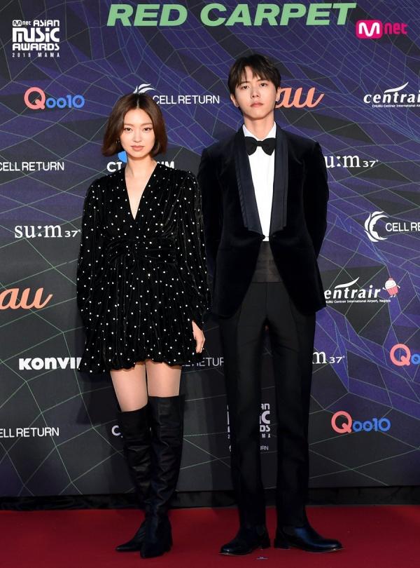 Joo Woo Jae và Choi Yu Hwa sẽ là hai khách mời trao giải hôm nay.