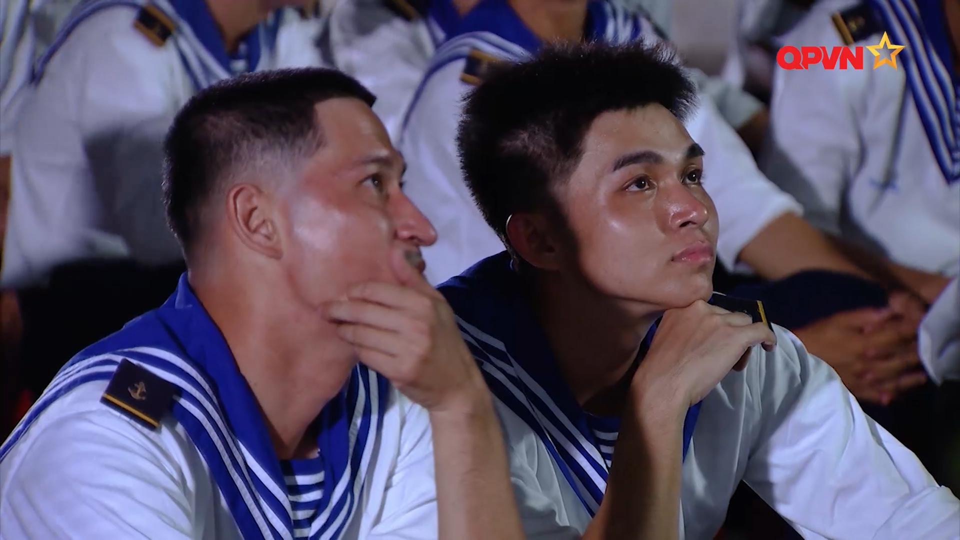 Toang rồi, Huy Khánh và Bê Trần bị phạt do ăn mận, không hoàn thành nhiệm vụ 0