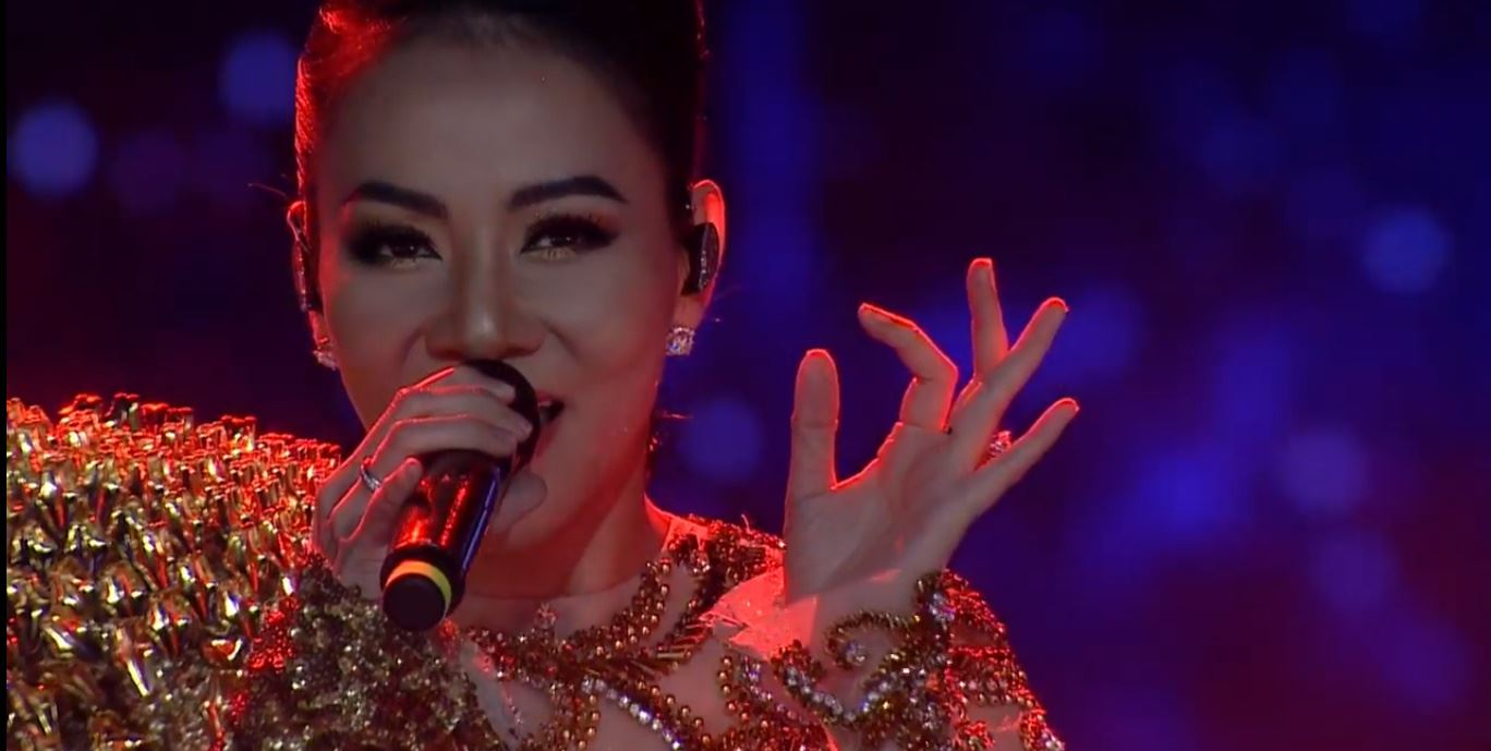 Người đẹp Nguyễn Trần Khánh Vân đăng quang Hoa hậu Hoàn vũ Việt Nam 2019 18