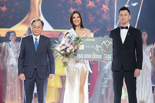 Á hậu 1:Nguyễn Huỳnh Kim Duyên (203)