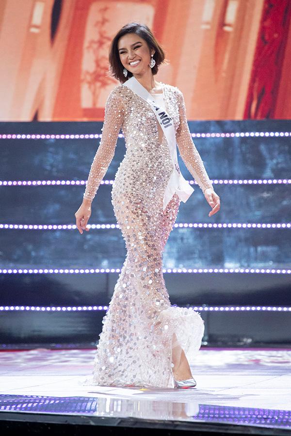 Người đẹp Nguyễn Trần Khánh Vân đăng quang Hoa hậu Hoàn vũ Việt Nam 2019 10