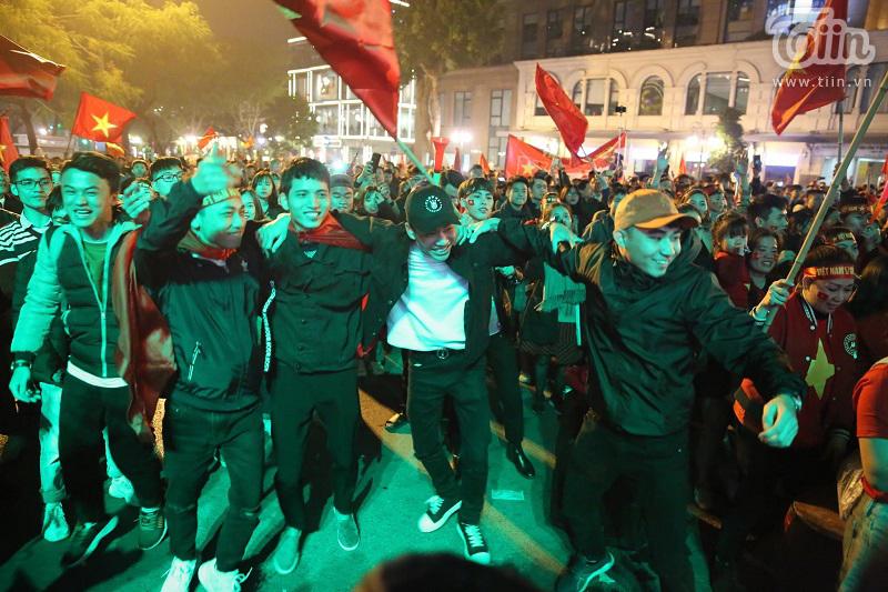 60 năm giải toả cơn khát 'vàng' SEA Games, Việt Nam ơi đêm nay không ngủ! 0