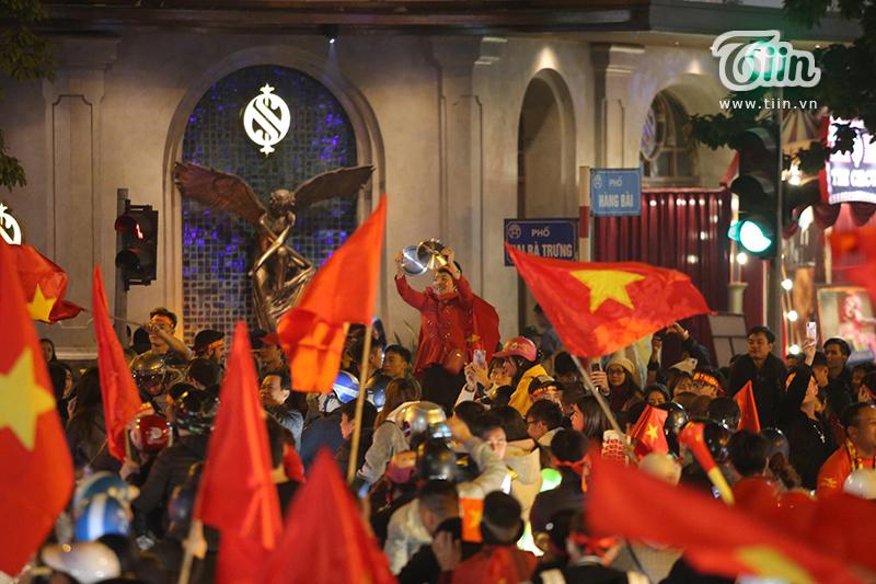 60 năm giải toả cơn khát 'vàng' SEA Games, Việt Nam ơi đêm nay không ngủ! 14