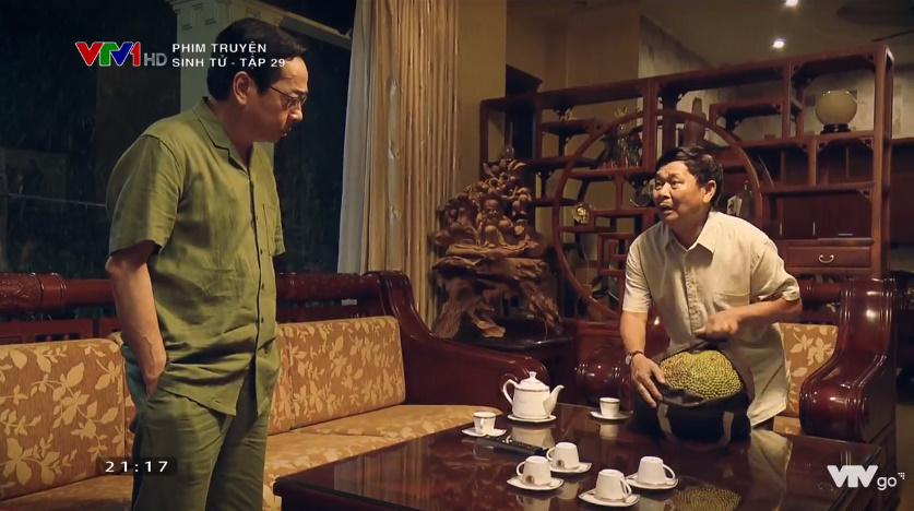 'Sinh tử' tập 29: Nhận 'quà quê' nhiều nhưng NSND Hoàng Dũng cũng phải 'bật cười' trước sự ngây thơ mang tặng mít đầu mùa của lãnh đạo huyện 4