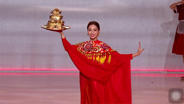 Màn múa mâm ấn tượng của Thùy Linh tại Miss World 2019.