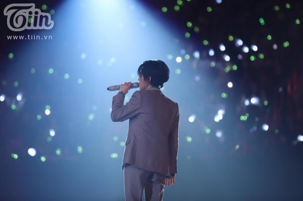 Diệu Nhi, Lý Nhã Kỳ, Khả Như nhiệt tình cổ vũ cho Vũ Cát Tường trong concert 'Inner Me' 5