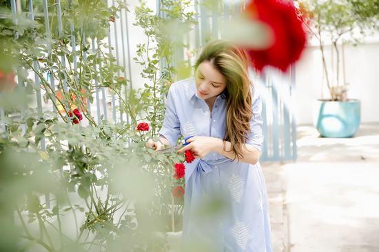 Hậu chia tay, Lý Nhã Kỳ tìm bình yên bên căn nhà đầy hoa hồng ở Đà Lạt 0